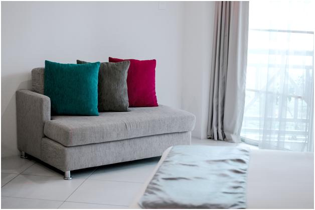 buy custom sofa set online in Delhi