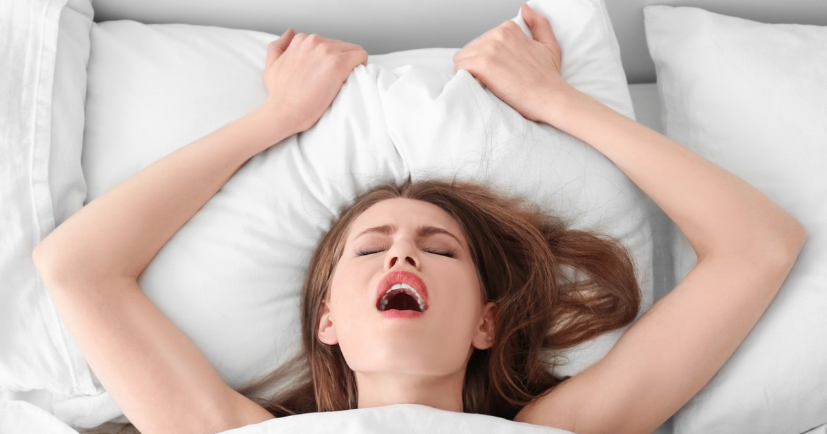Women do experience two different types of orgasm, study reveals