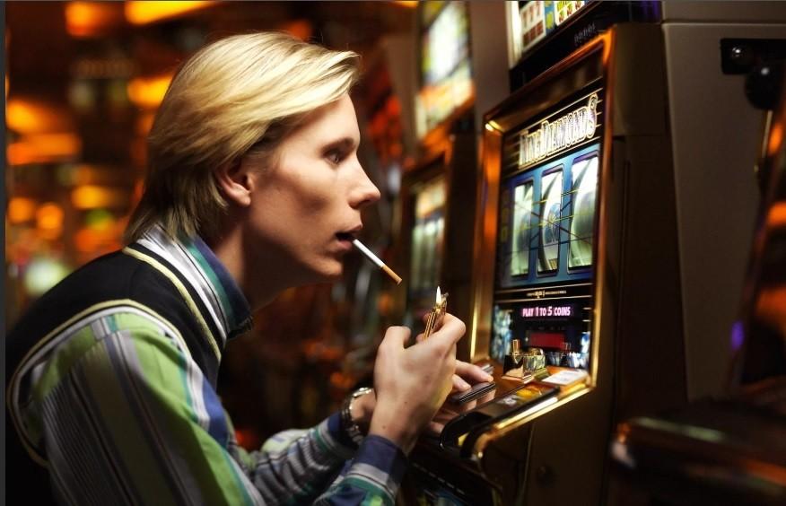 Игровые автоматы игровая зависимость выигрыш в игровых автоматах фото